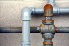 Where to use black pipe and galvanized pipe